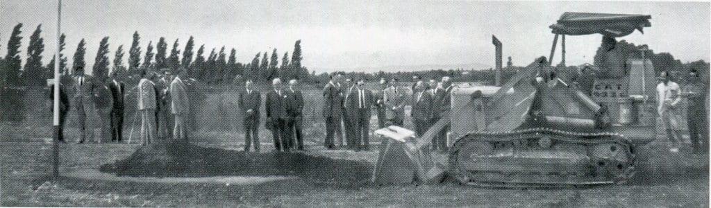 Firmenchronik: Spatenstich zur Errichtung des Eumig-Werks in Wiener Neudorf 1971