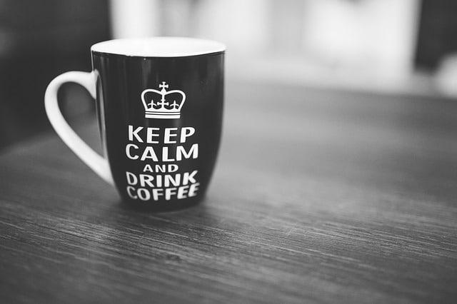 Mit M-BOX arbeiten Sie schnell und professionell - vielleicht haben Sie dann auch Zeit für eine Tasse Kaffee